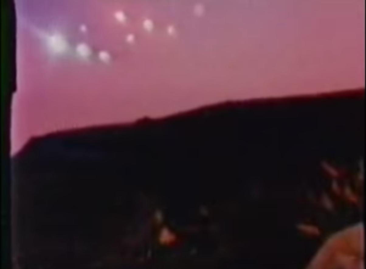 stephen spielberg phoenix lights firelight 1964 explained