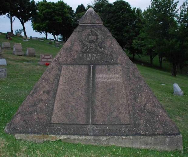 CT Russell Pyramid Freemasonry Grave