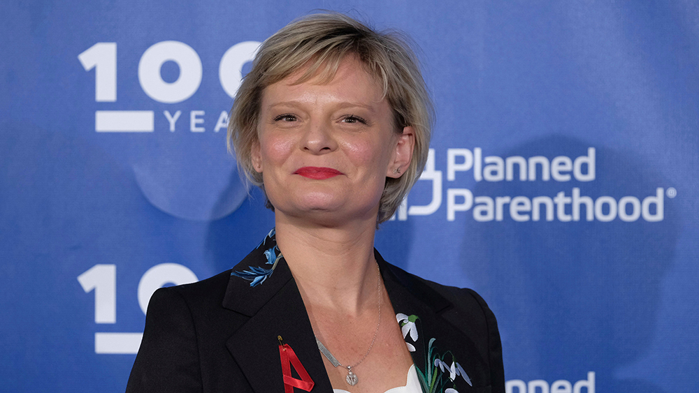 martha plimpton wicca kaballah practitioner devil worship abortion